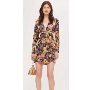 TOPSHOP NWOT Rose Floral Printed Velvet Wrap Dress